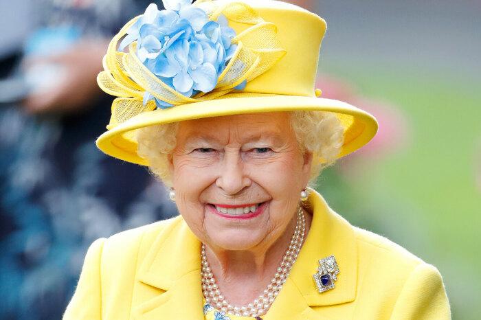 Елизавета II./Фото источник: cosmopolitan.ru