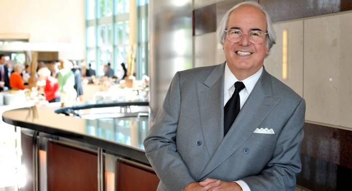 Фрэнк Абигнейл - эксперт по финансовой безопасности
