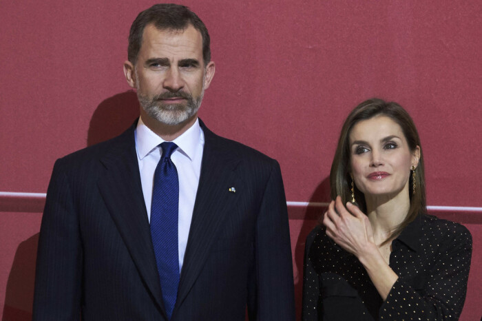 Он: Фелипе, принц Астурийский Она: Летиция, журналистка