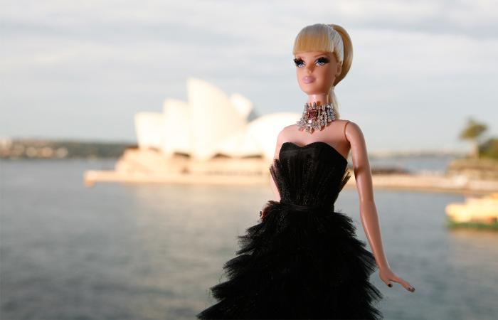 Самая дорогая кукла Барби./Фото источник: www.dariusmehri.com
