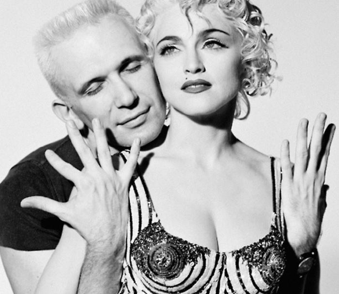 Мадонна и Жан Поль Готье./Фото источник: yapokupayu.ru