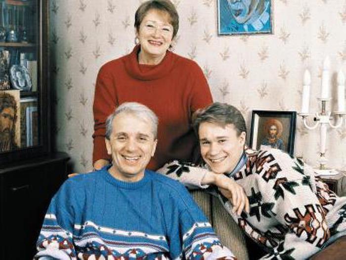 Евгений Стеблов с первой женой и сыном