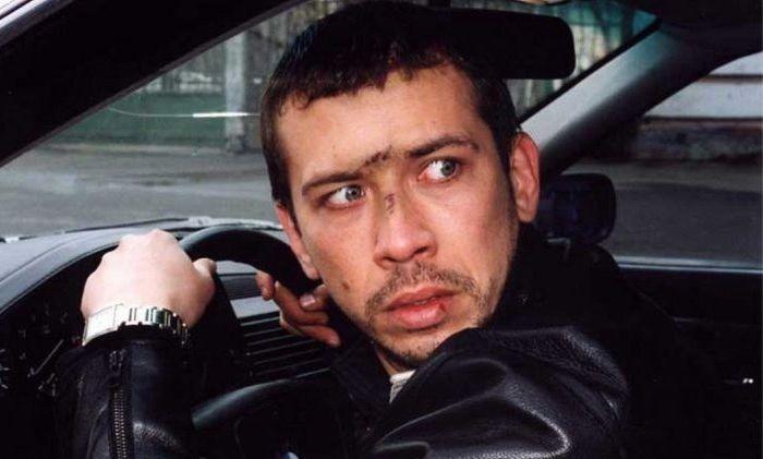 "Кадр из фильма ""Бумер"", 2003 г."