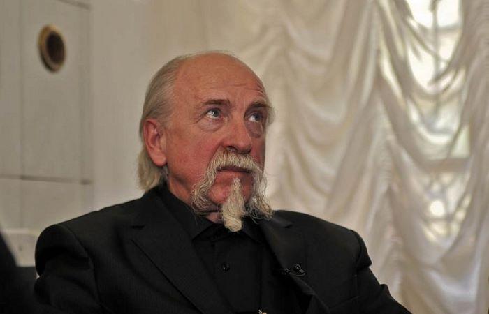 Юрий Оленин