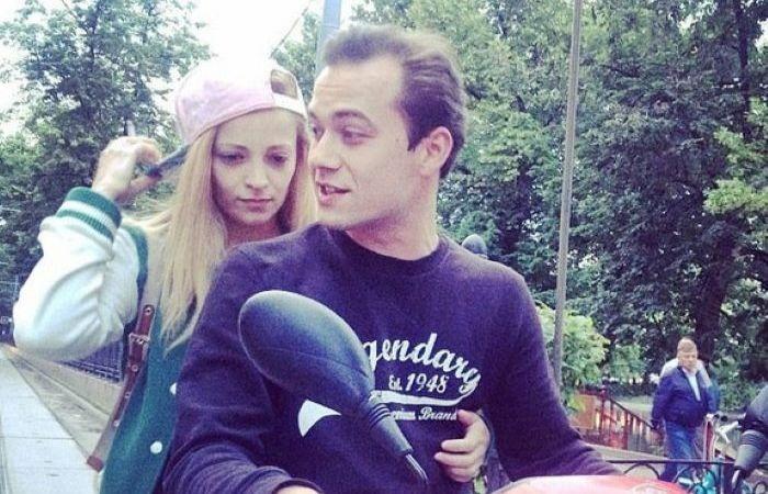Теона Дольникова и Никита Быченков