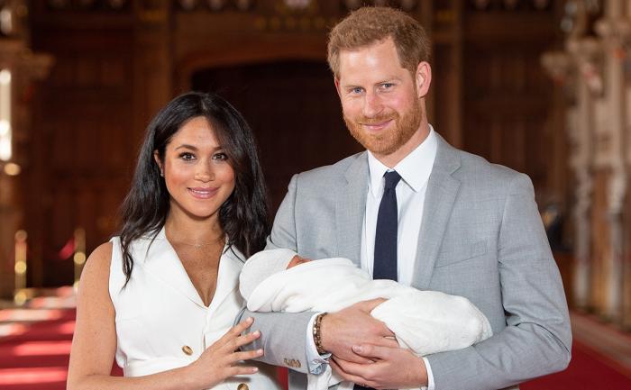 Принц Гарри с Меган Маркл и новорожденным сыном