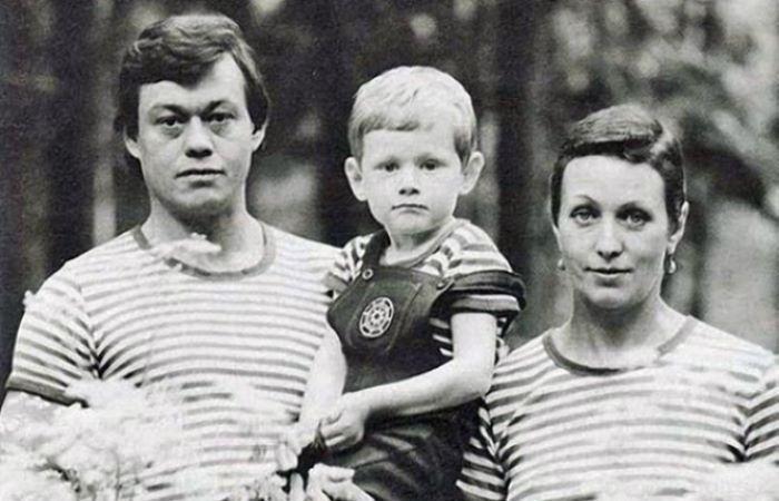 Николай Караченцев и Людмила Поргина с сыном Андреем