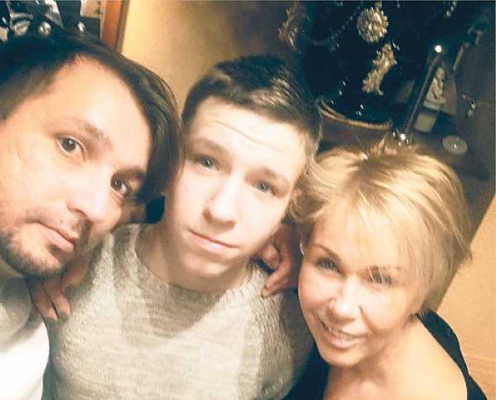Никита стал частым гостем в доме Ксении Стриж, но об усыновлении речь не идет
