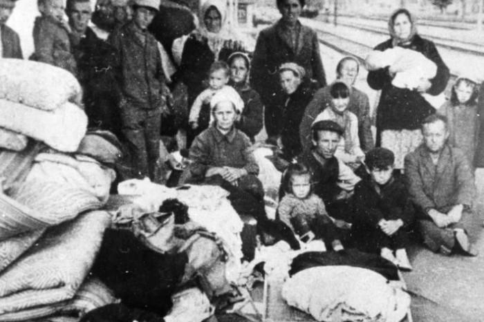 Депортация чеченцев.
