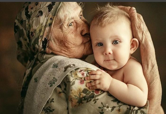 Несмотря на различия, общение между поколениями очень важно.