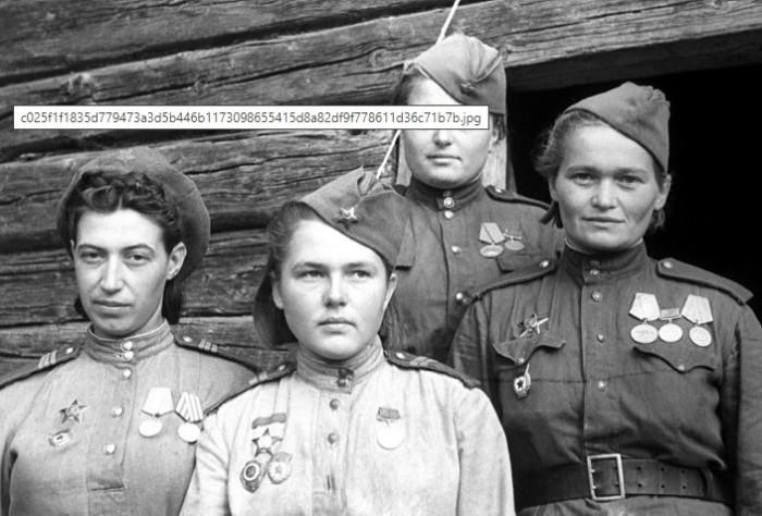 Большинству женщин на фронте не было и 30.