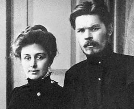 Актриса, от которой потерял голову миллионер, ушла к Максиму Горькому.