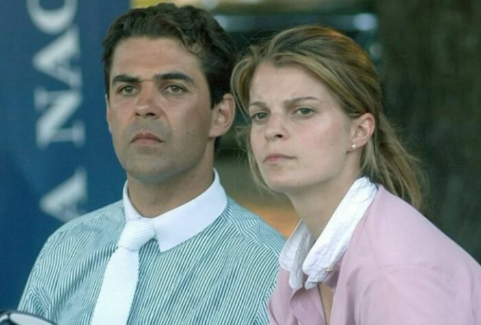 Афина и ее супруг. Теперь уже бывший.