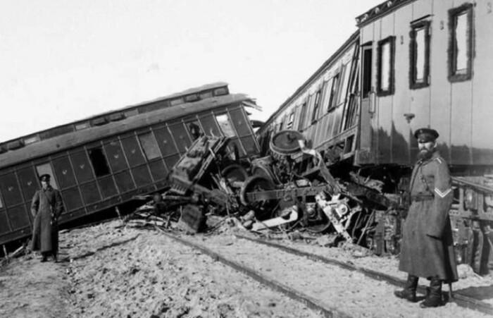 Покушение на железной дороге было самым сложным, но все равно неудачным.