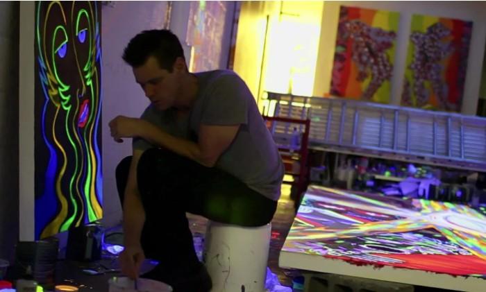 Картины Джима такие же яркие как и его роли.
