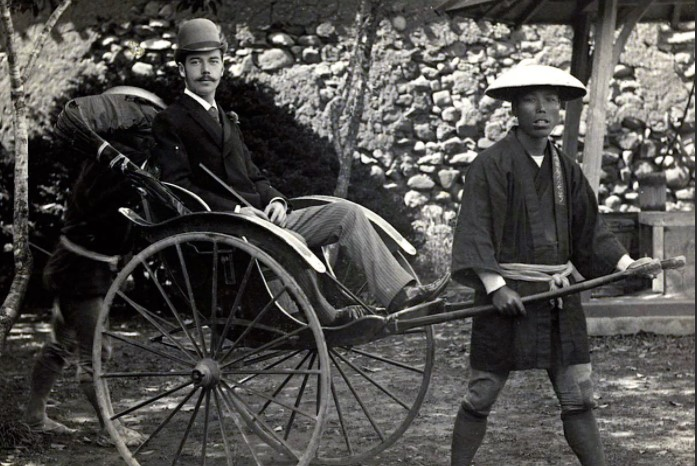 Николай Второй во время визита в Японию.