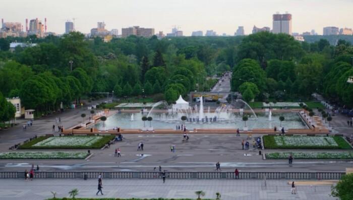 Центральный парк им.М.Горького в Москве.