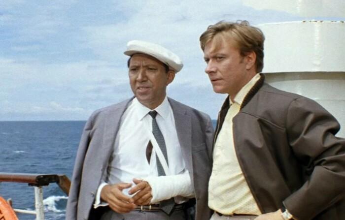Гайдай планировал и дальше снимать этих актеров вместе.
