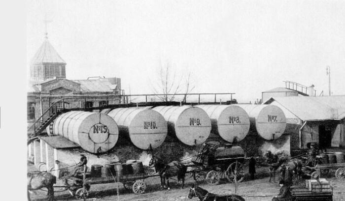 Нефть на предприятиях Нобеля проходила практически все этапы переработки.