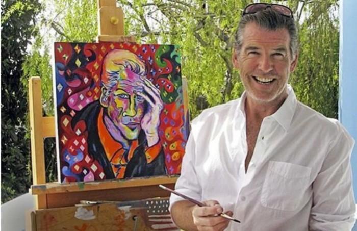 Был художником до того как стать актером.