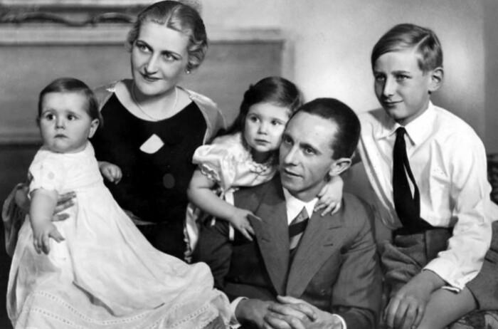 Внешне Геббельсы были образцом немецкой семьи.