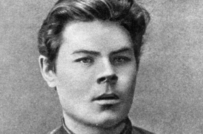 Алексей Пешков в юности.