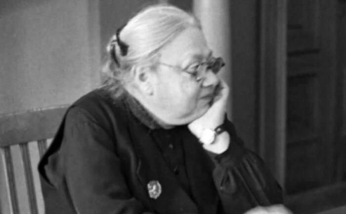 Без Ленина она не видела смысла жизни.