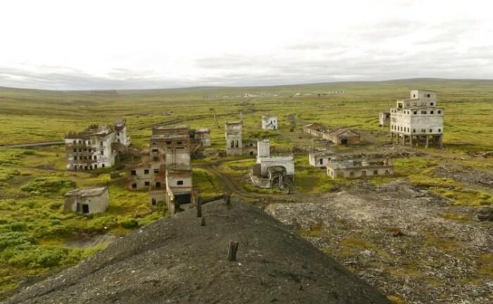 Уцелели только немногие здания.