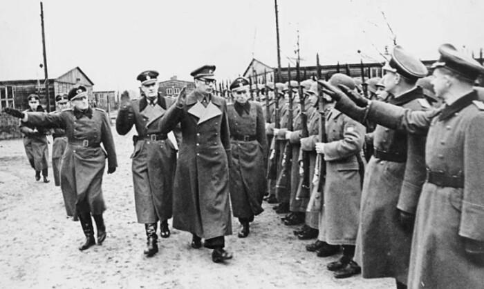 Немецкая сторона держала его как пропагандиста.