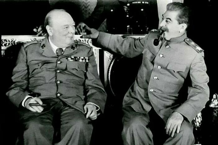 Черчилль и Сталин - главные политические враги Гитлера.