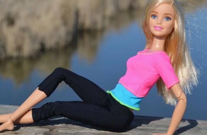 Все же именно на Барби выросло ни одно поколение девочек.