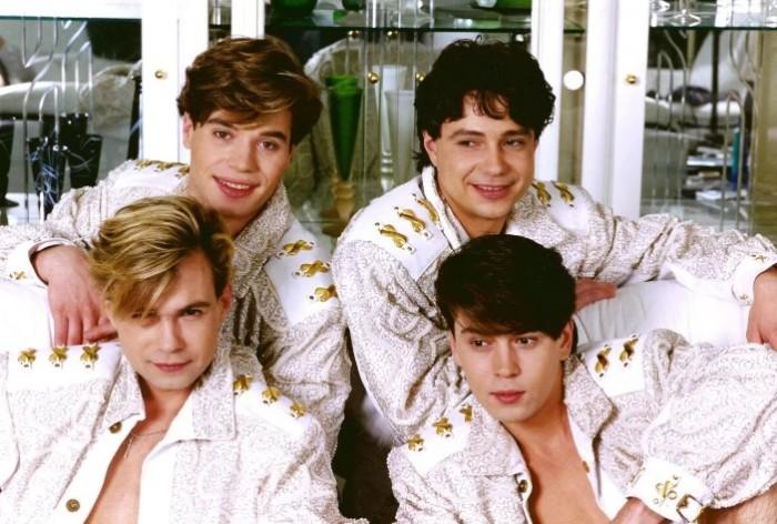 Эта группа стала классическим бойз-бендом.