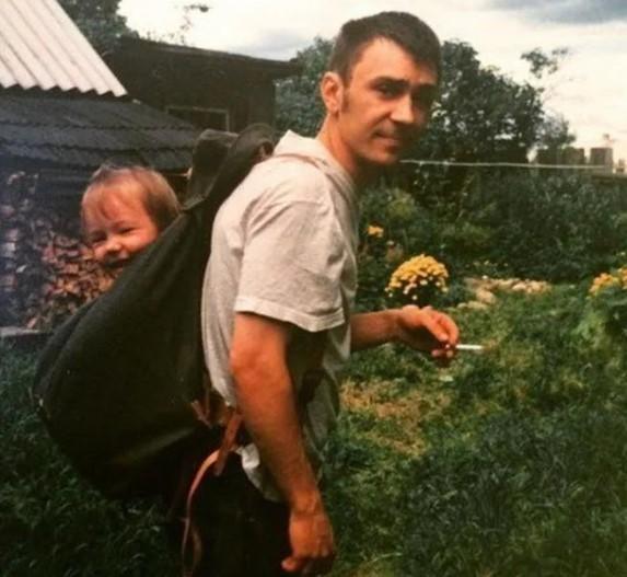 Шнуров старался быть хорошим отцом.