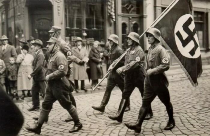 Нацисты должны быть наказаны несмотря на старость и болезни, уверены правозащитники.