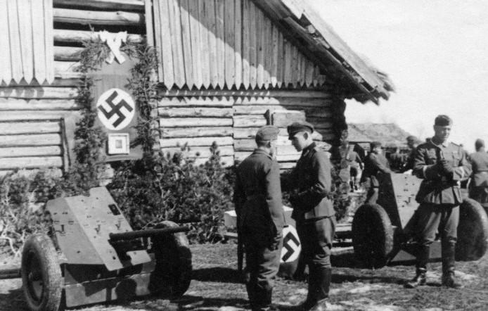 Полицаев немцы часто выбирали из числа местных.