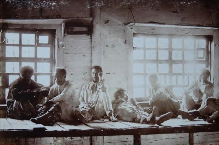 Чаще всего в одной тюрьме содержались и мужчины, и женщины.