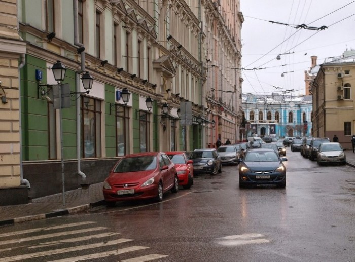 Переулок, в котором расположен дом, где некогда проживала галина Джугашвили.