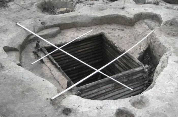 Поруб - аналог темницы и тюрьмы на Руси.