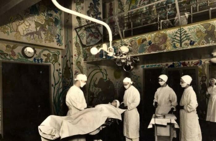 Психиатрия 19 века была полна ужасающих экспериментов.