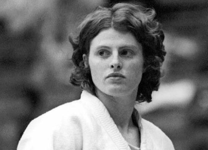 Этой очаровательной девушке предстояло перевернуть мир спорта.