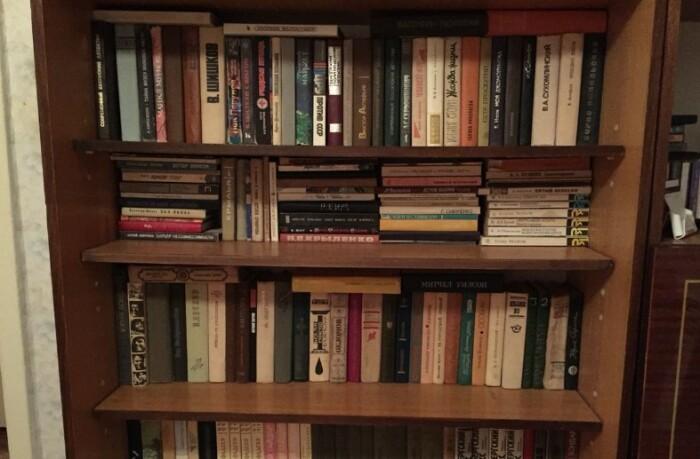 Книги были в каждой советской квартире. Пусть даже их и не читали.