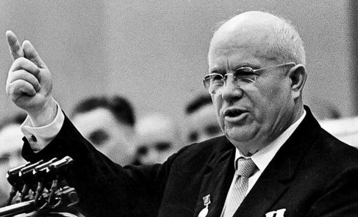 Хрущев пытался использовать амнистию и реабилитацию для укрепления авторитета партии.