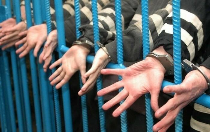 Амнистия может охватить достаточно большое количество заключенных.