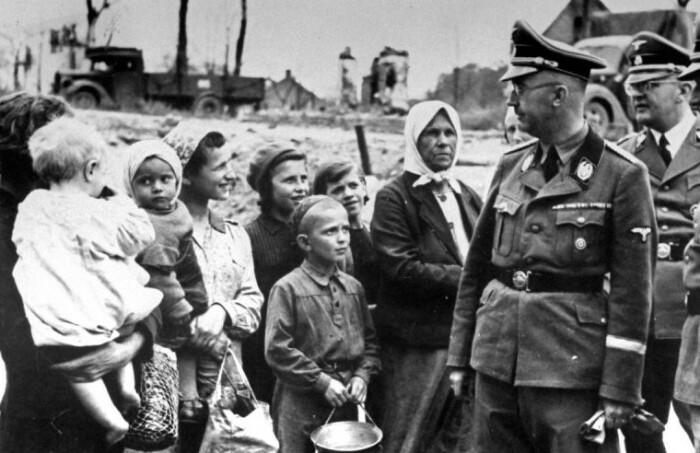 Далеко не все жители СССР видели в фашистах врагов.