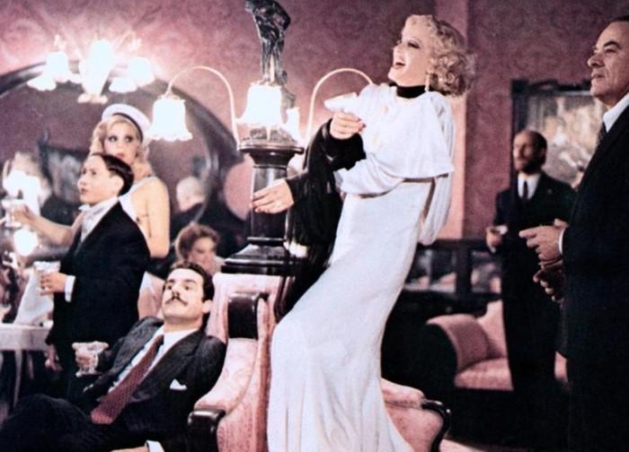 Салон Китти фигурирует во многих фильмах.