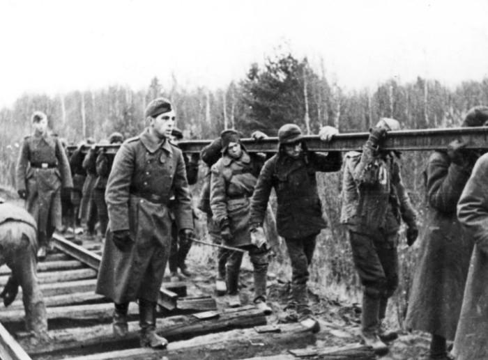 В основном пленные были приобщены к строительству, восстановлению заводов и дорог.