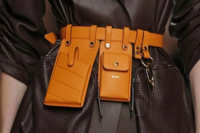 Ремень-сумка - не только модно, но еще и удобно.