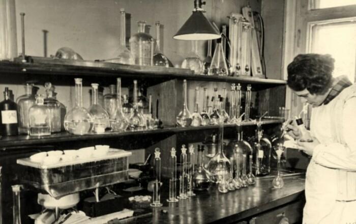 Работала лаборатории Х требовала экспериментов, причем над людьми.
