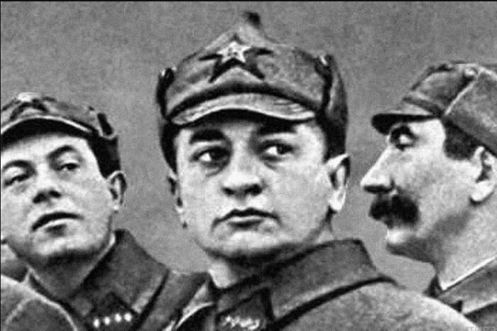 Тухачевского прозвали красным Бонапартом.