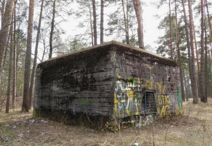 Одно из строений, предположительно построенное для Гитлера.